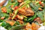 ผัดคะน้าปลากระป๋อง เมนูอร่อย ทำง่าย กินอร่อย